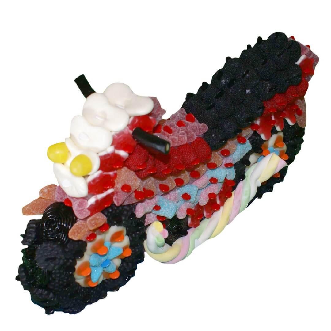 Moto rouge en bonbons 3D