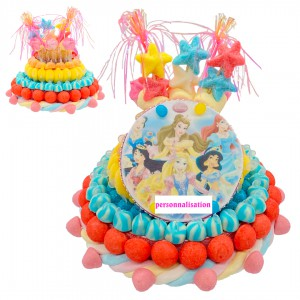 Gâteau en bonbons personnage enfant