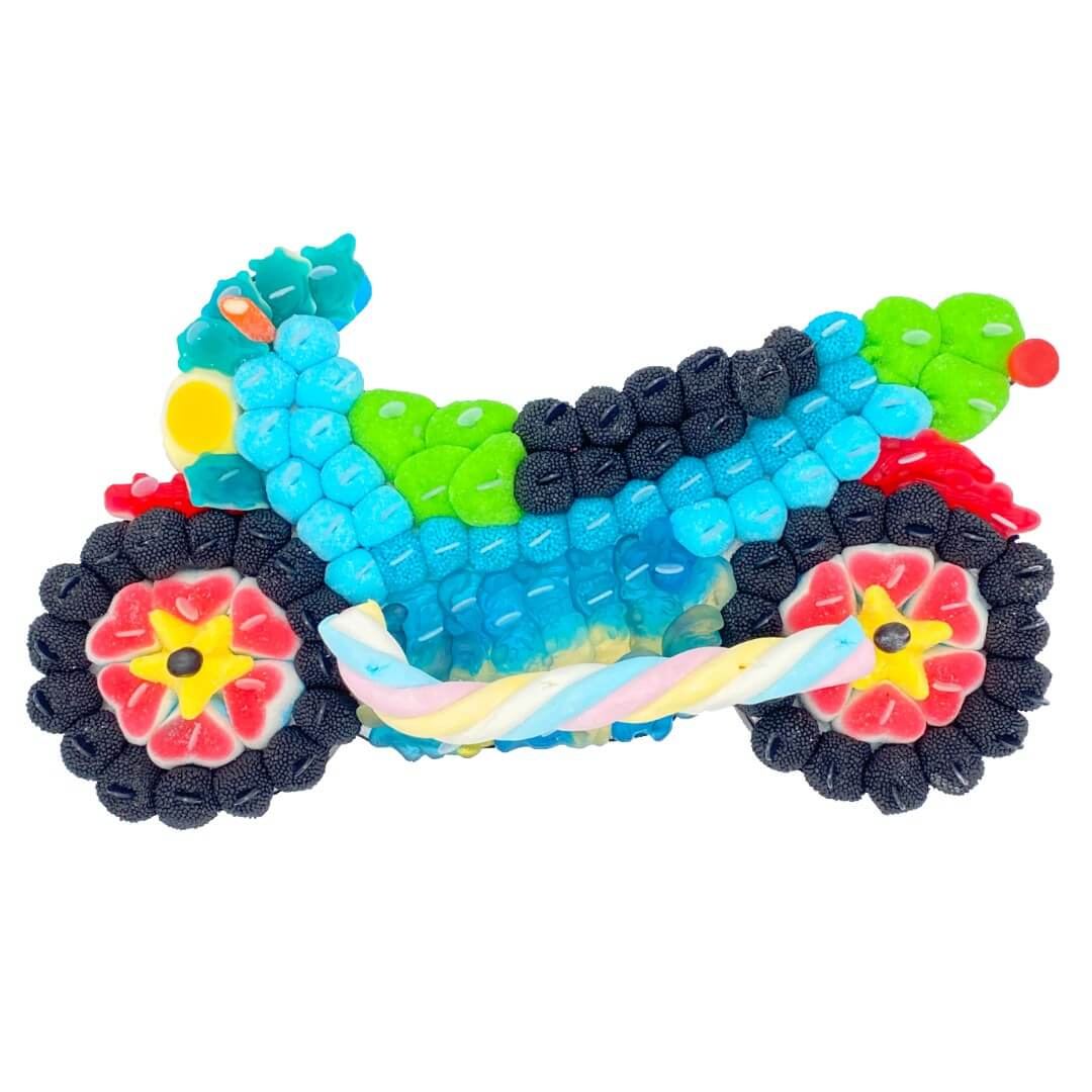 Moto bleue en bonbons