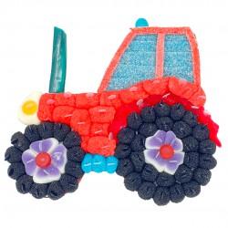 gâteau tracteur en bonbons rouges