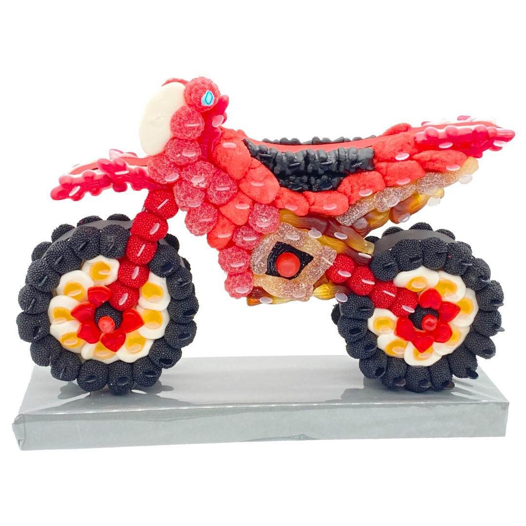 moto cross gateau rouge bonbon
